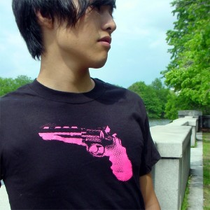 Gun Men's Fine Jersey Short Sleeve T Shirt Black/Pink